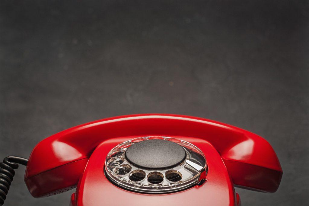 電話回線用ワイヤレスユニットを利用すれば無線で電話が可能に!